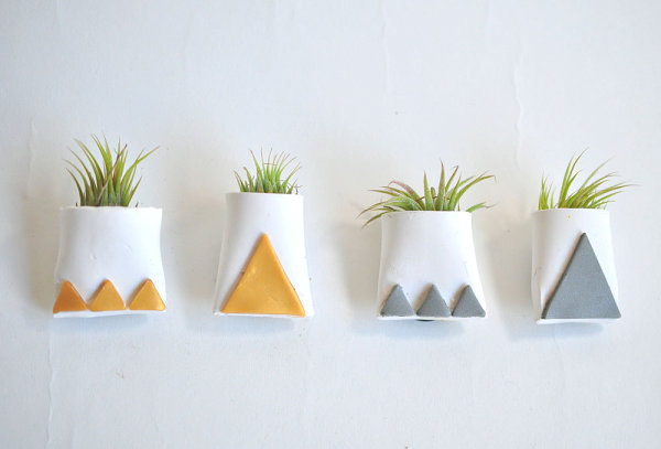 Magnetic air plant holders