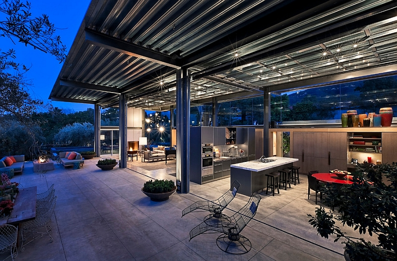 Modern patio that is seamlessly connected with the indoors