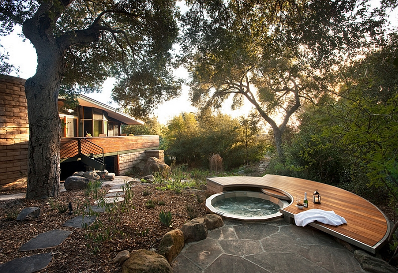 Natural canopy offers ample privacy as you take a dip here!