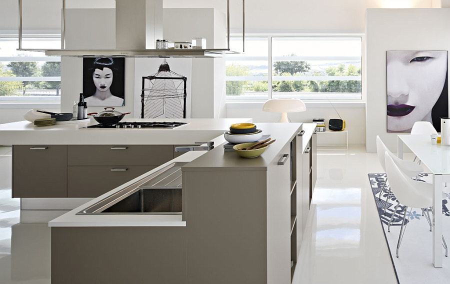 Sleek and minimal kitchen blends in with the style of the contemporay home