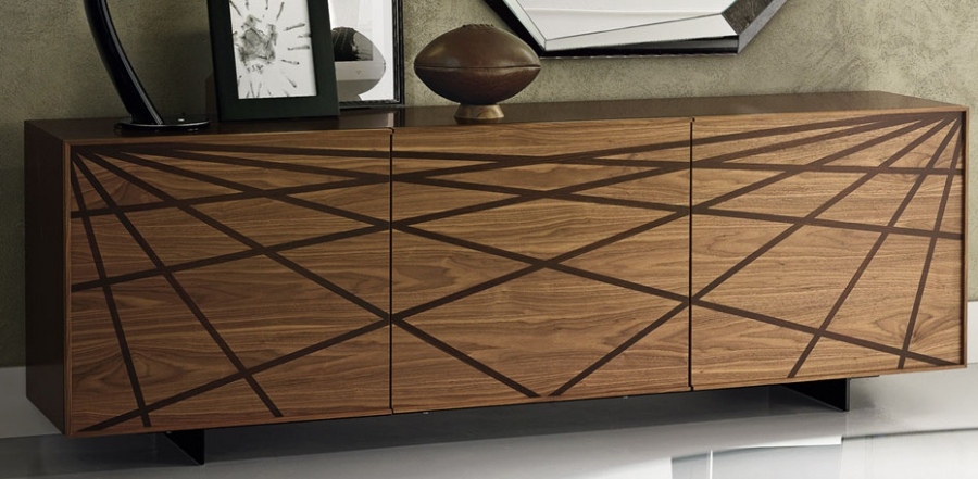 A closer look at the stylish Italian sideboard for the trendy living room