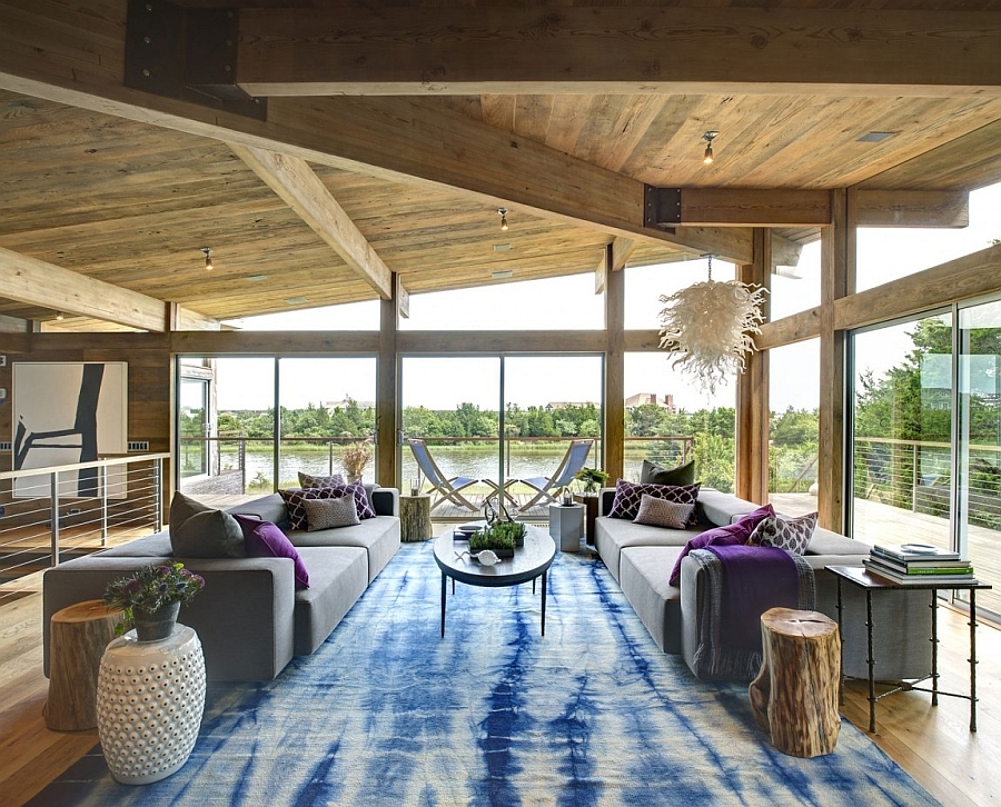 Exquisite top level living area with beautiful views of the estuary and ocean beyond