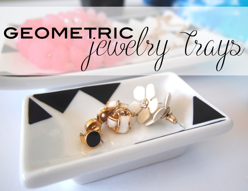 DIY Black and white geometric Jewelry Tray