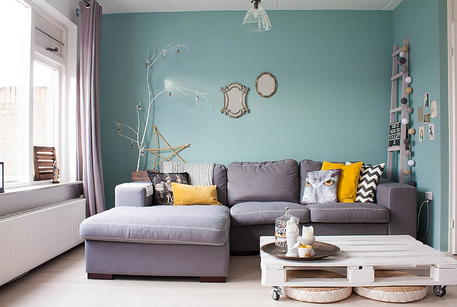 Stylish living room filled with lovely flea market finds!