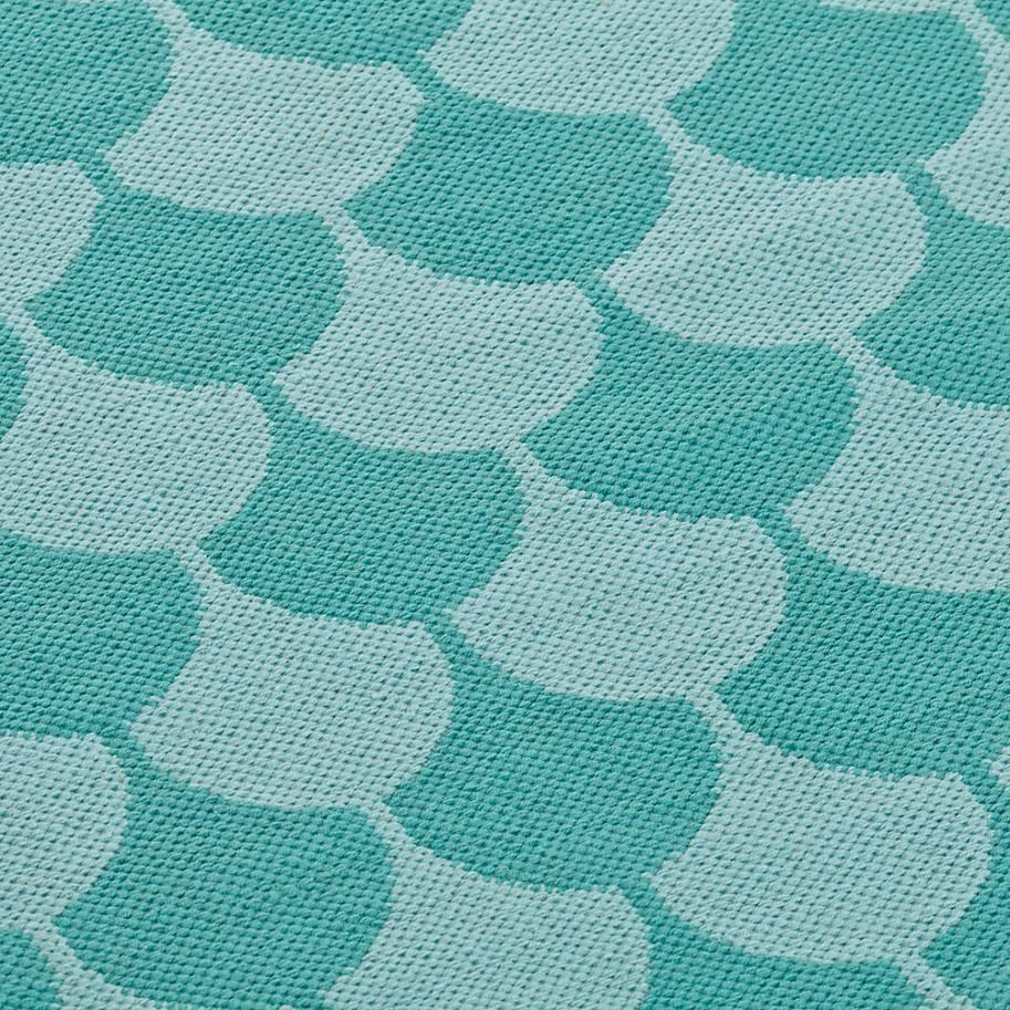 Turquoise scallop rug