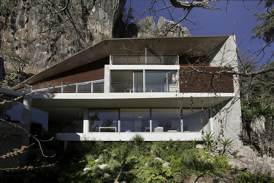 Beautiful Casa L in Valle of Bravo, Mexico