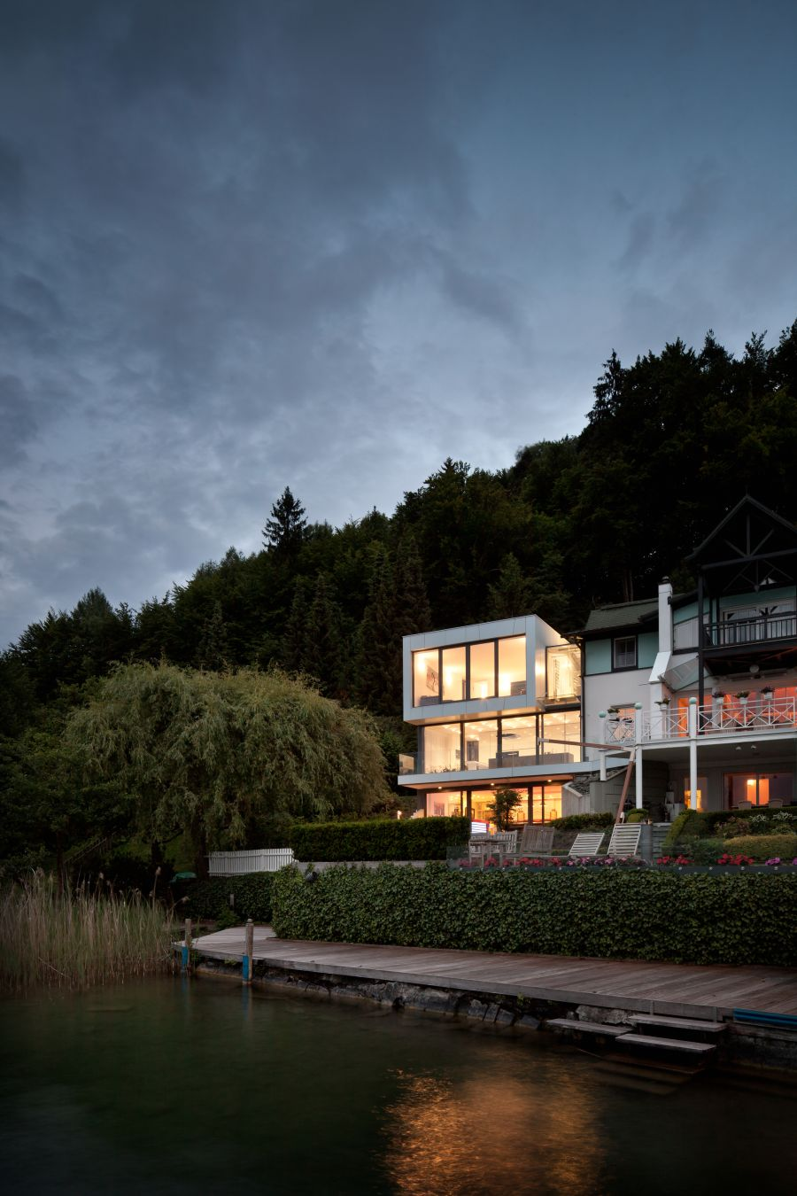 Gorgeous lakeside house after sunset