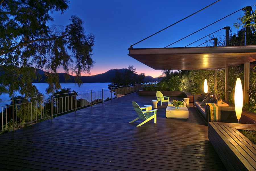 Sculptural lighting steals the show on the deck