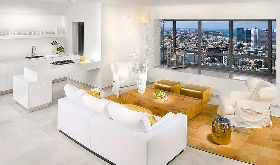 Sophisticated living room in white and gold