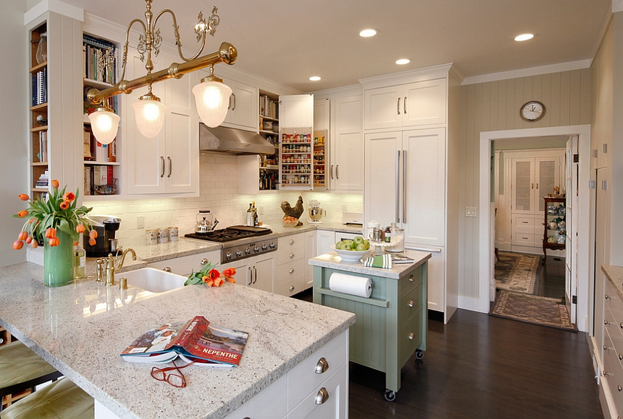 Cheerful kitchen with small island on wheels [Photography: Dennis Anderson]
