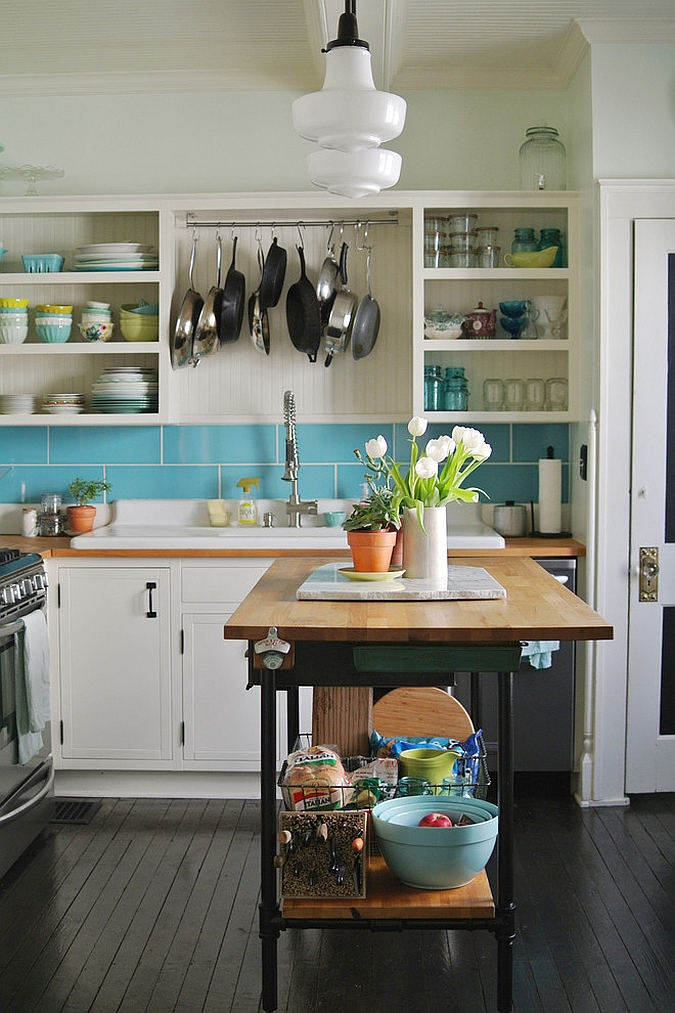 Cool tiny kitchen island crafted at home [From: Farm Fresh Therapy]