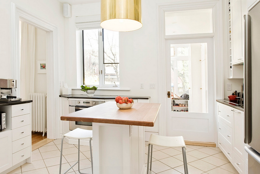 Custom designed island for the small kitchen in white [Design: Gepetto]