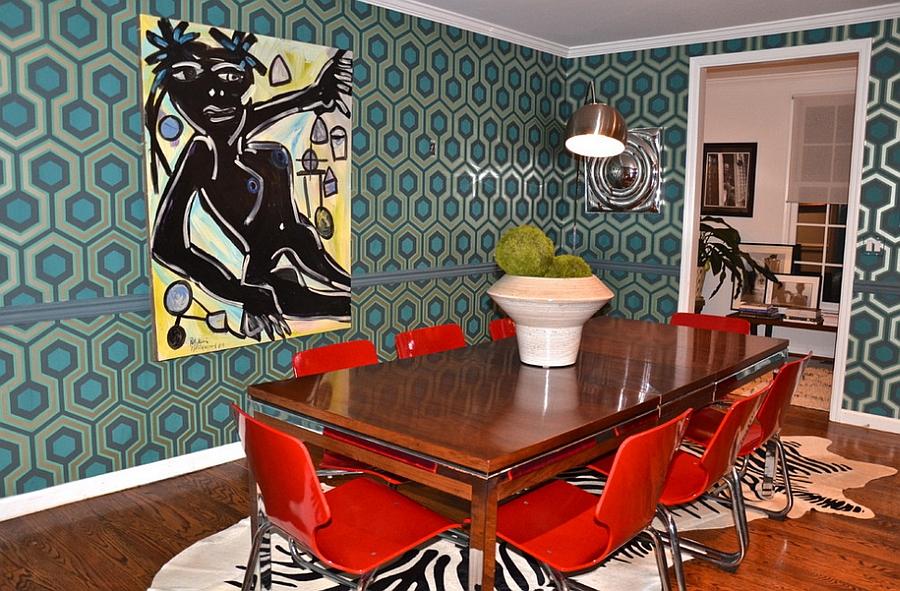 David Hicks Hexagon Wallpaper in the midcentury modern dining room