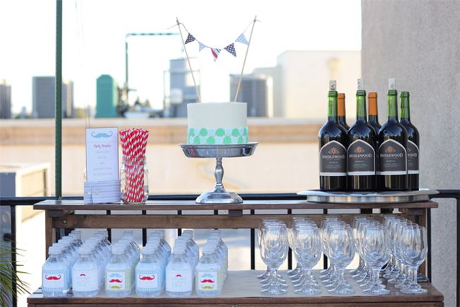 Inviting party drink station