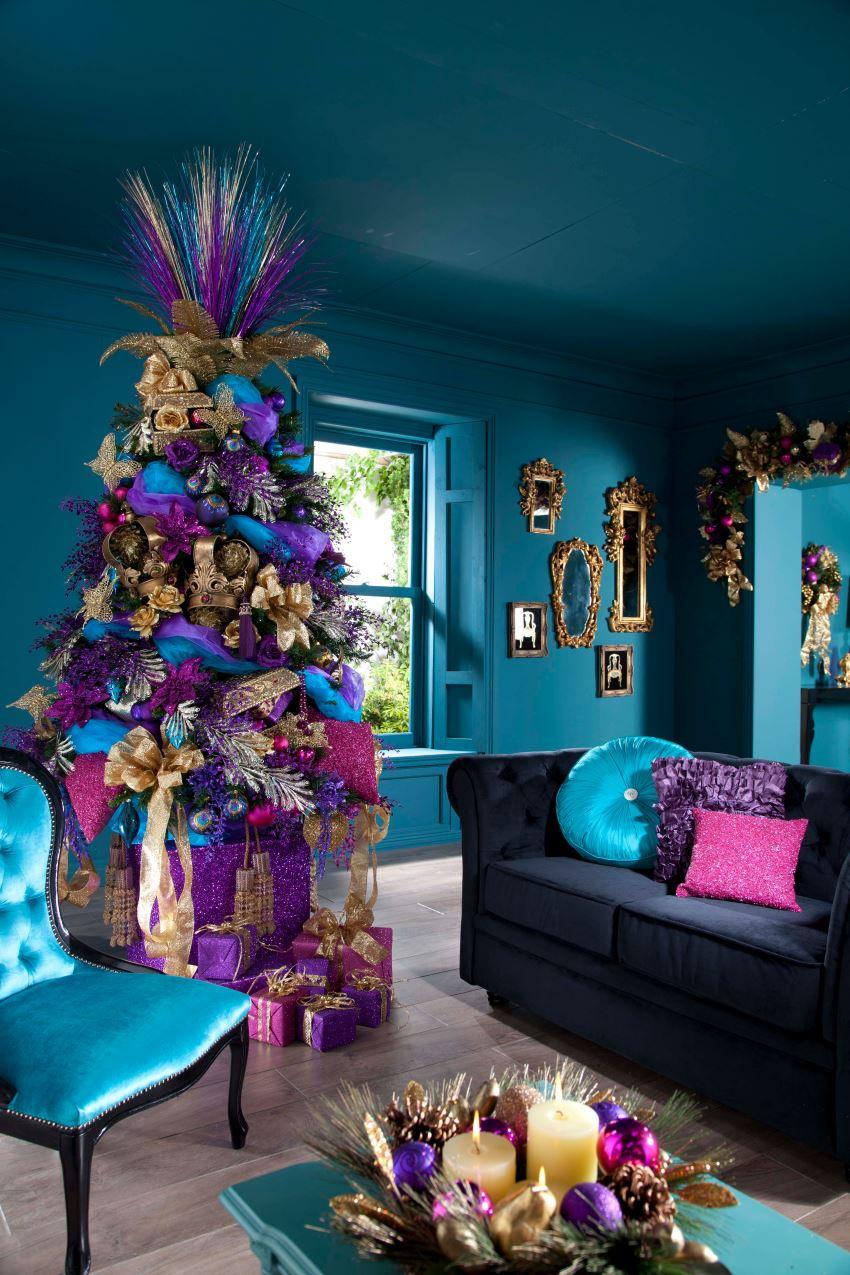 Jewel-toned Christmas tree