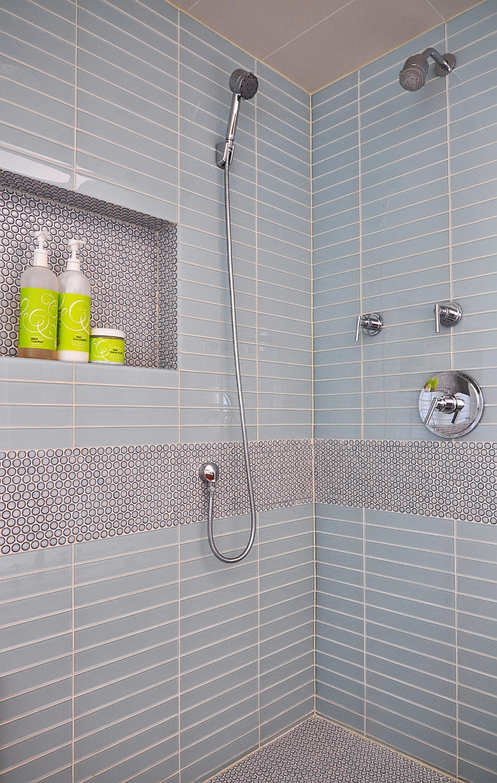 Penny tiles used to create an accent feature in the contemporary bathroom [Design: Habitar Design]