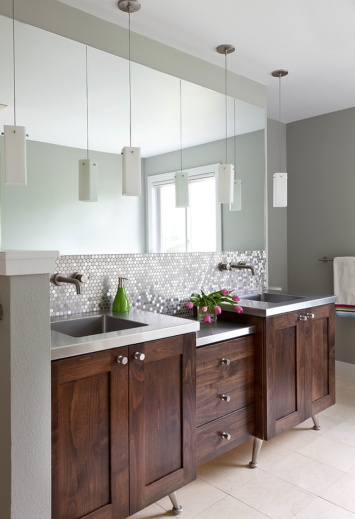 Wonderful blend of traditional and contemporary elements in the bathroom [Design: Designer Premier]