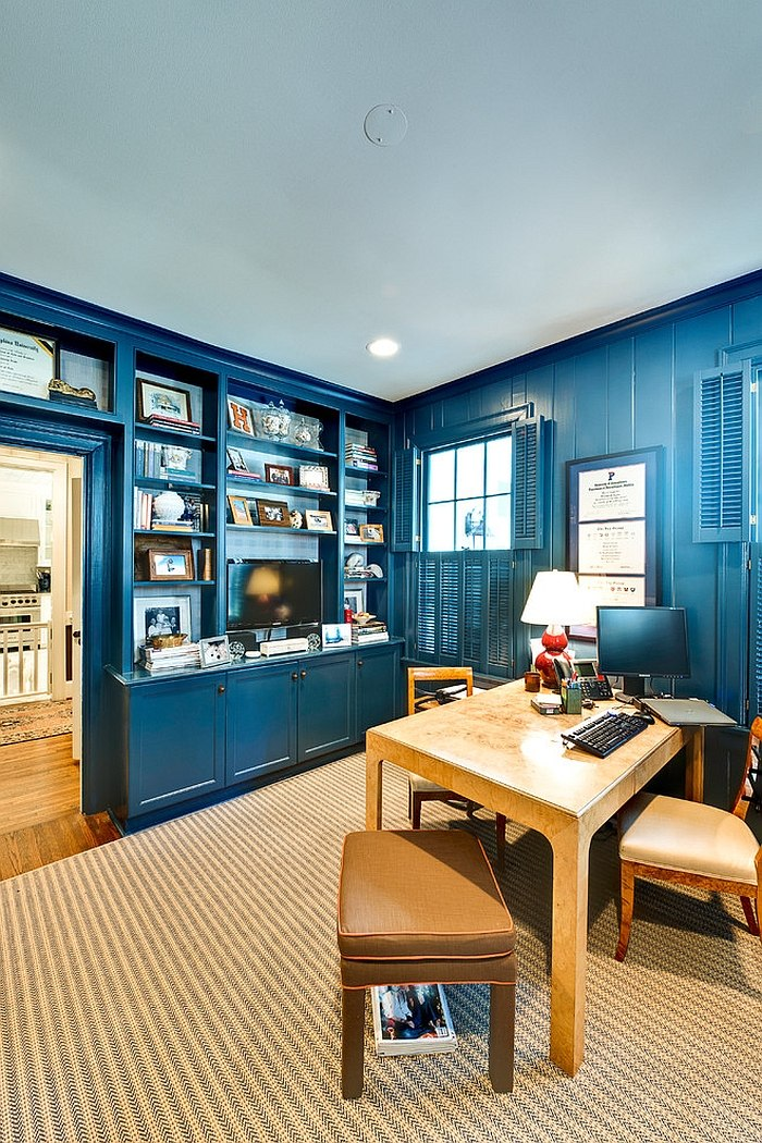 A splash of navy blue for the eclectic home office