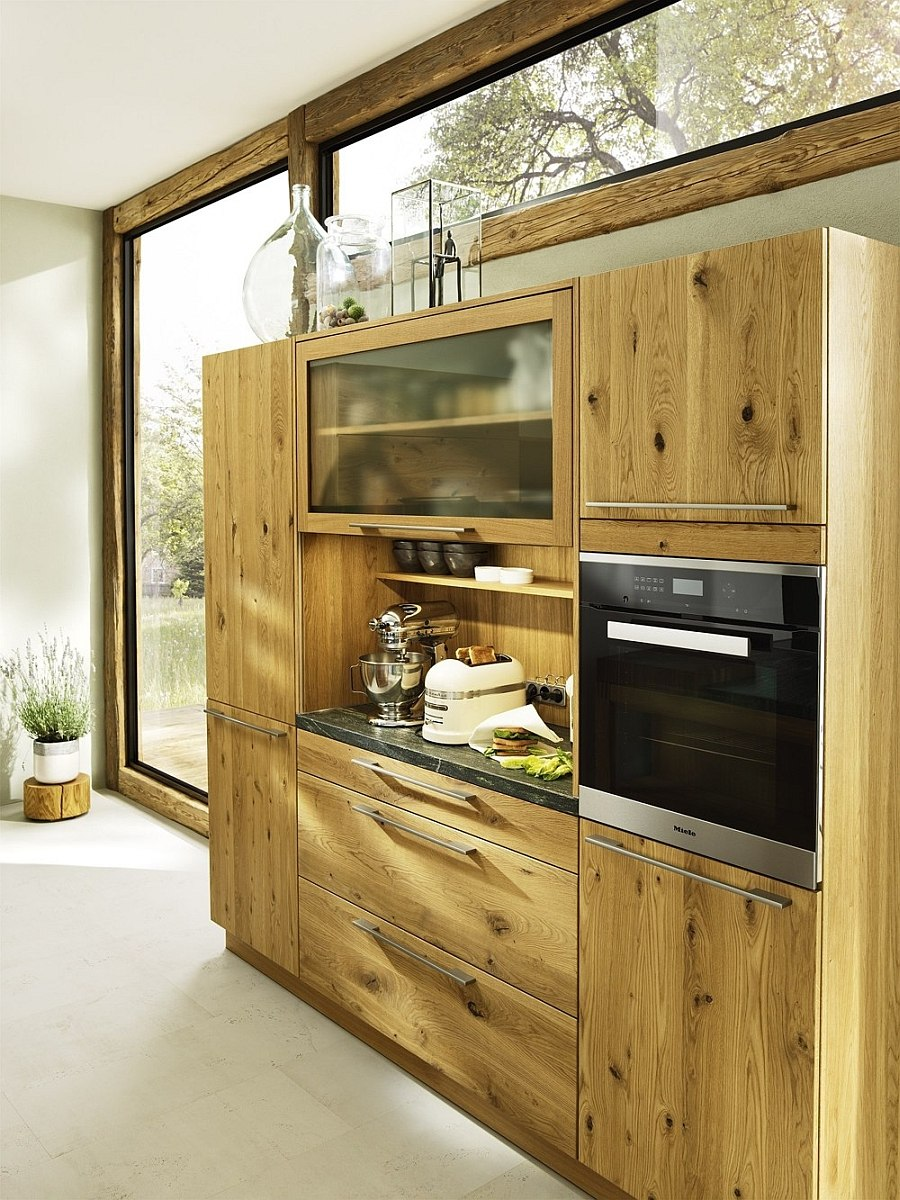 Fabulous standalone cabinets and cupboards in the kitchen