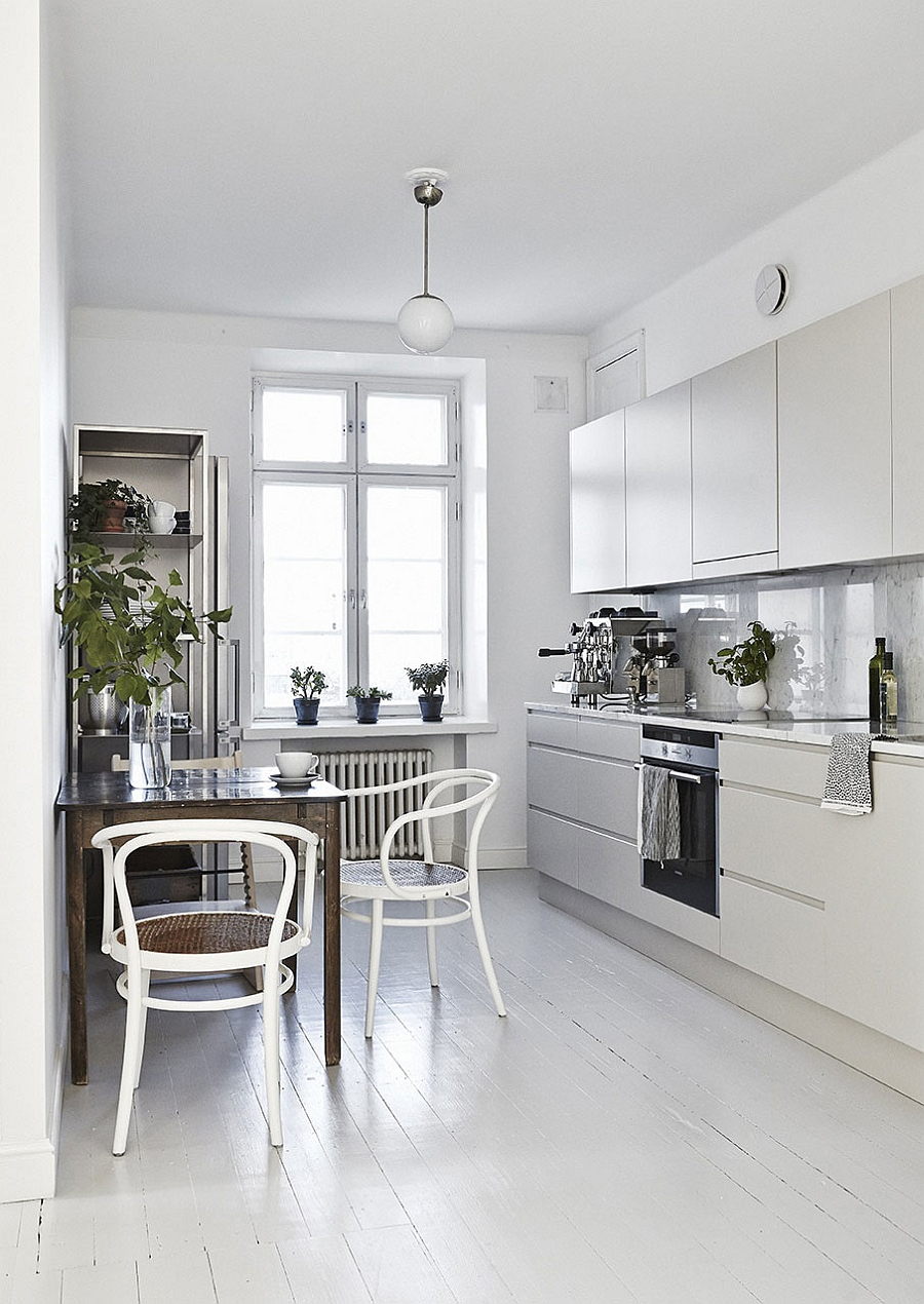 Small dining nook idea for the modern kitchen