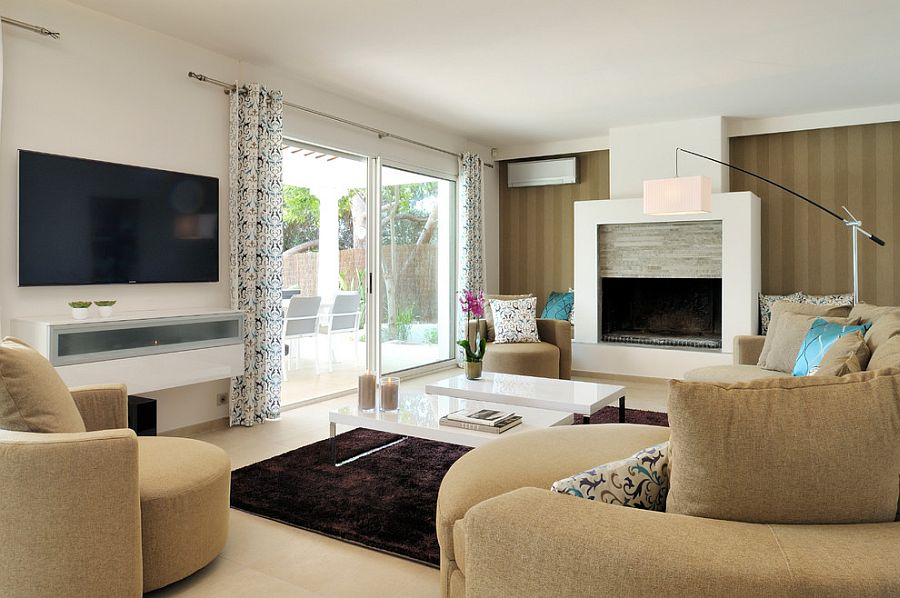 Keeping the color scheme simple and neutral in the living room [Design: Tendance Déco]