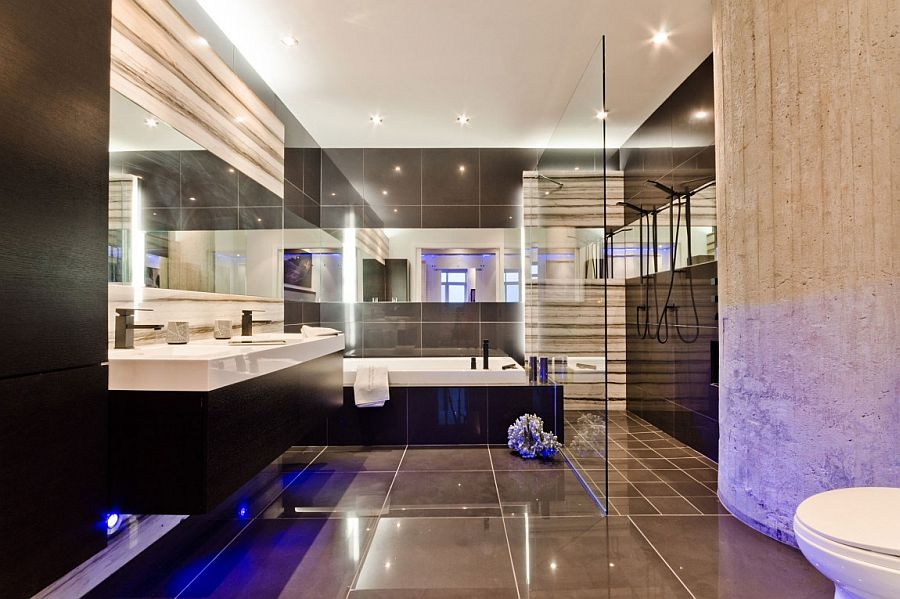 Sizzling modern bathroom in black and white