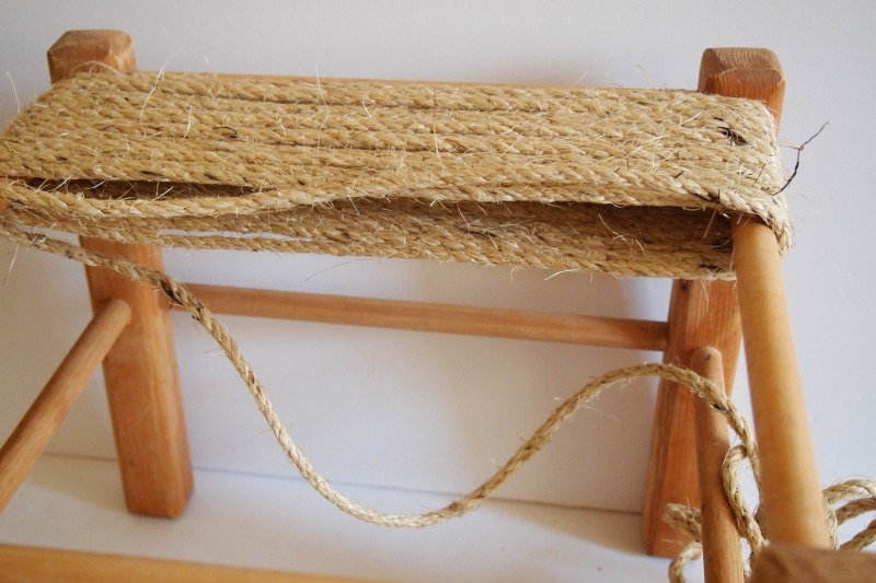 DIY Woven Footstool – makeover