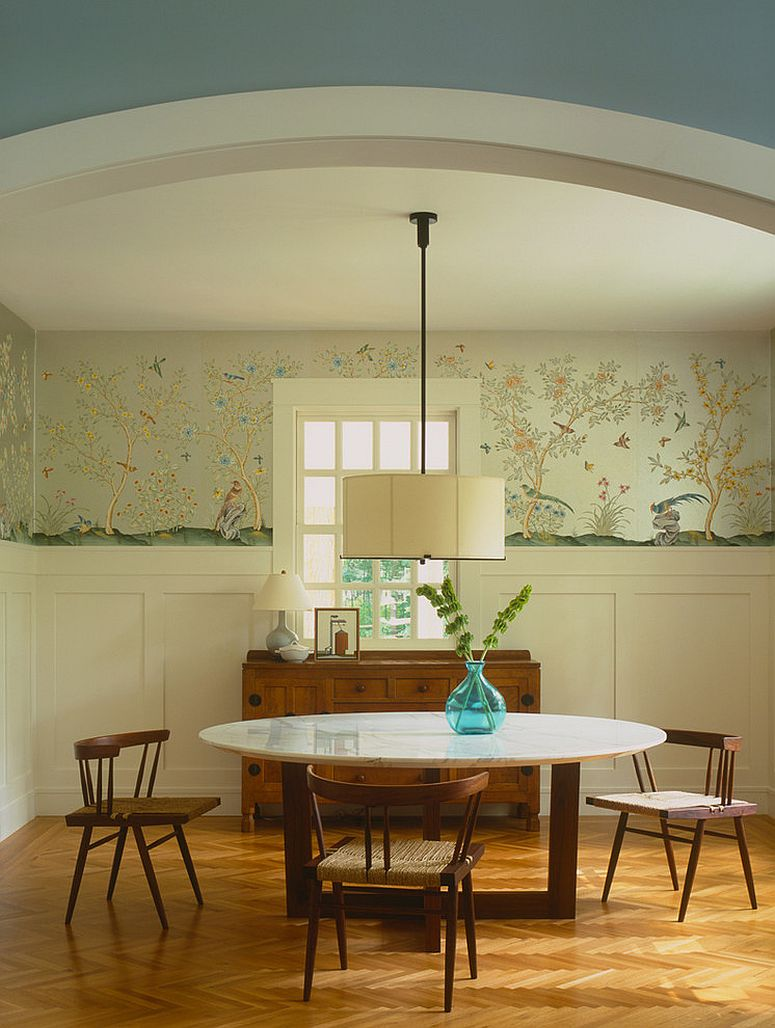 Classy use of wallpaper in the dining room [Design: Dufner Heighes]