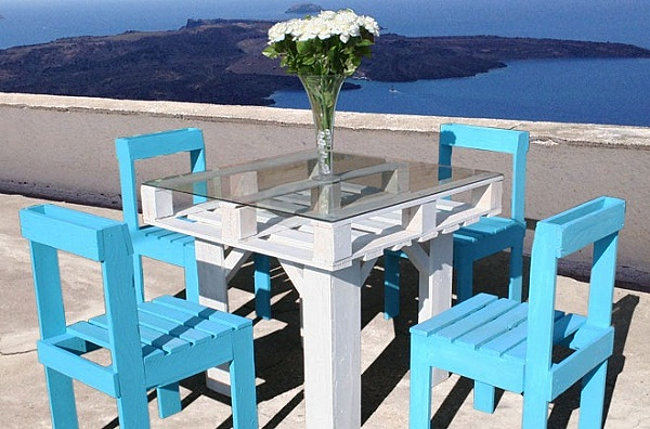 Colorful patio dining from Ellis Benus