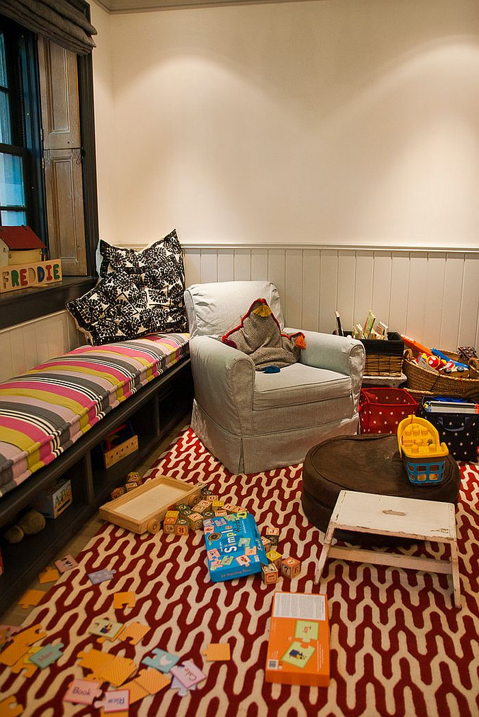 Colorful rug for the eclectic kids' playroom