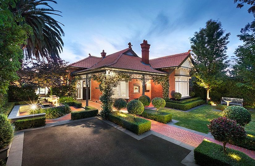 Front facade of the renovated heritage home in Melbourne