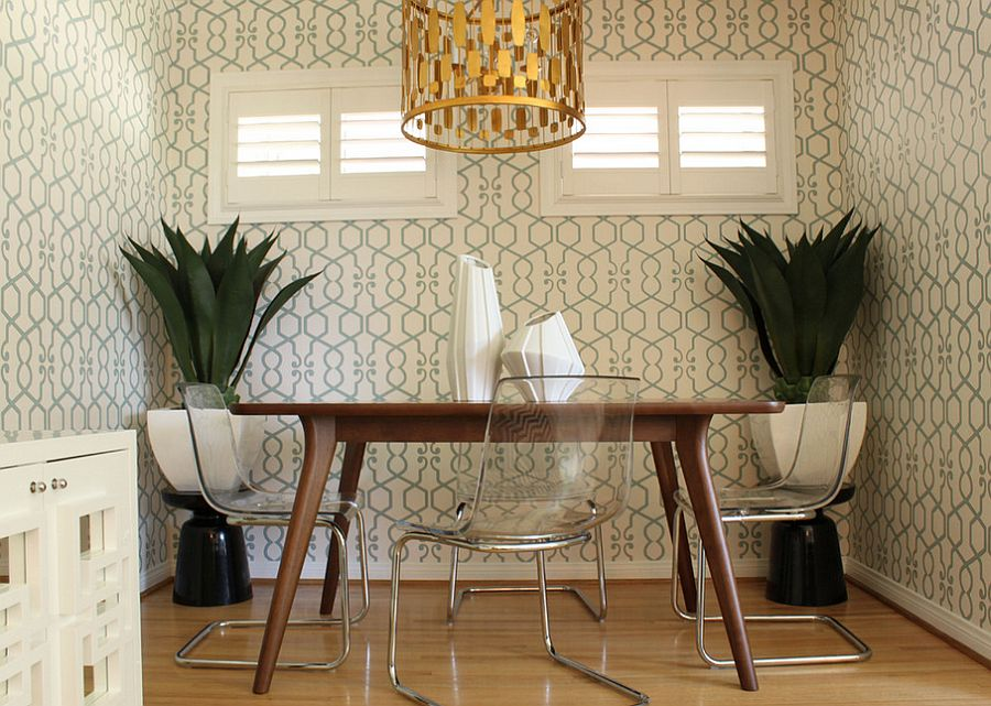 Perfect wallpaper choice for small midcentury dining room [Design: Squarefoot Interior Design]