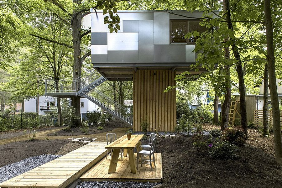Stylish design of the treehouse combines the natural with the contemporary