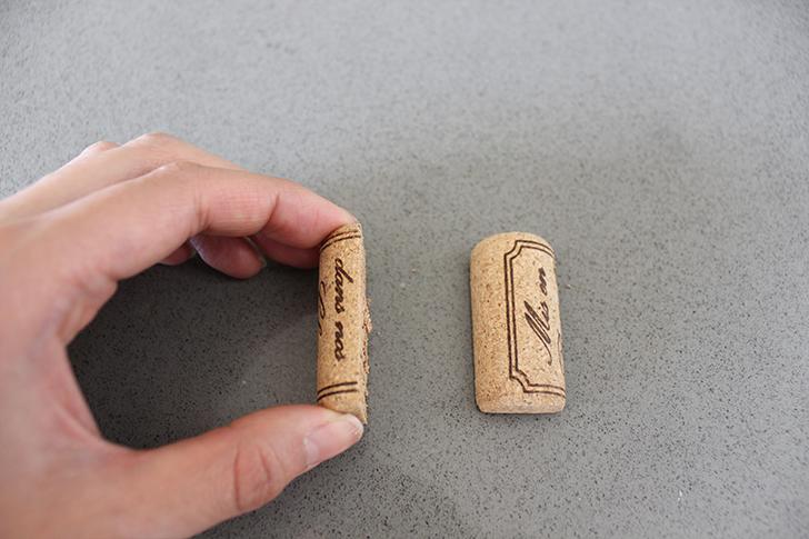 Horizontal Wine Cork Placecard Holder