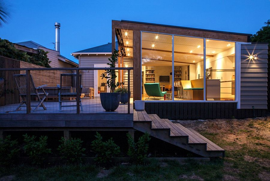 Look at the renovated Grosvenor Street Home in Auckland after sunset
