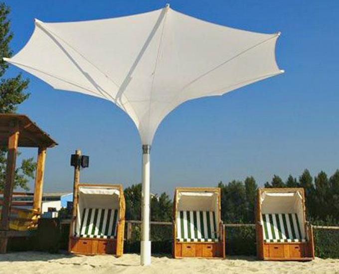 Elegant Tulip umbrella in white
