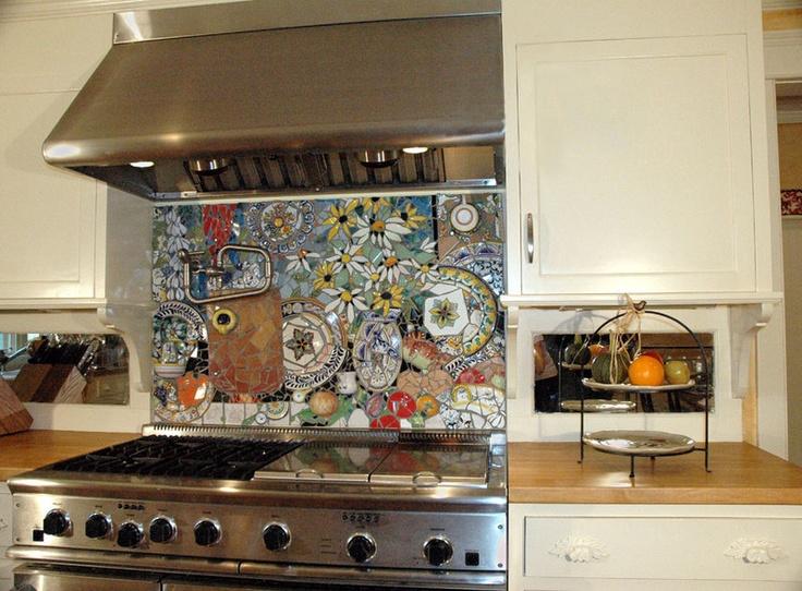 Amazingly detailed stove backsplash with colorful plates