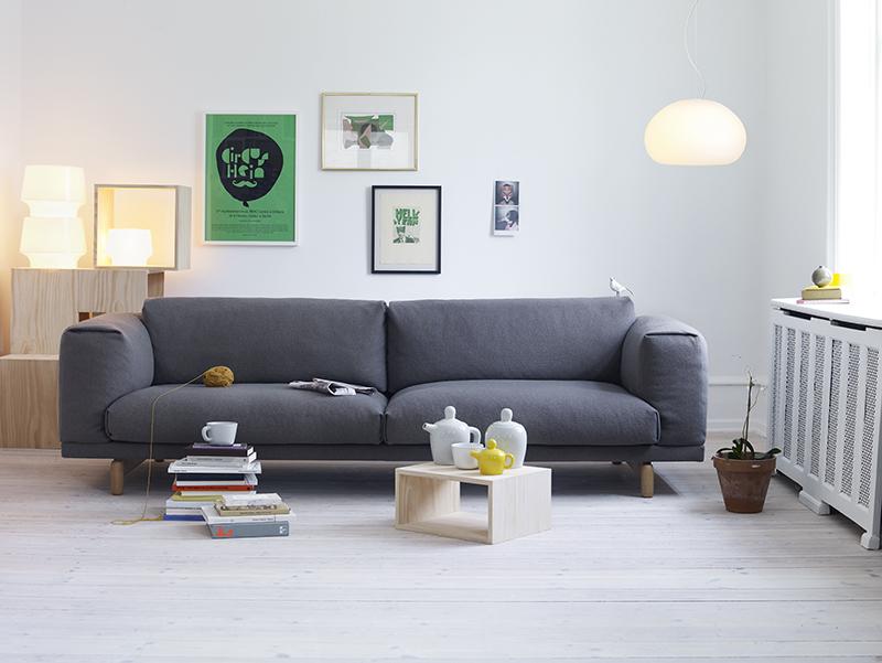 Rest sofa setting