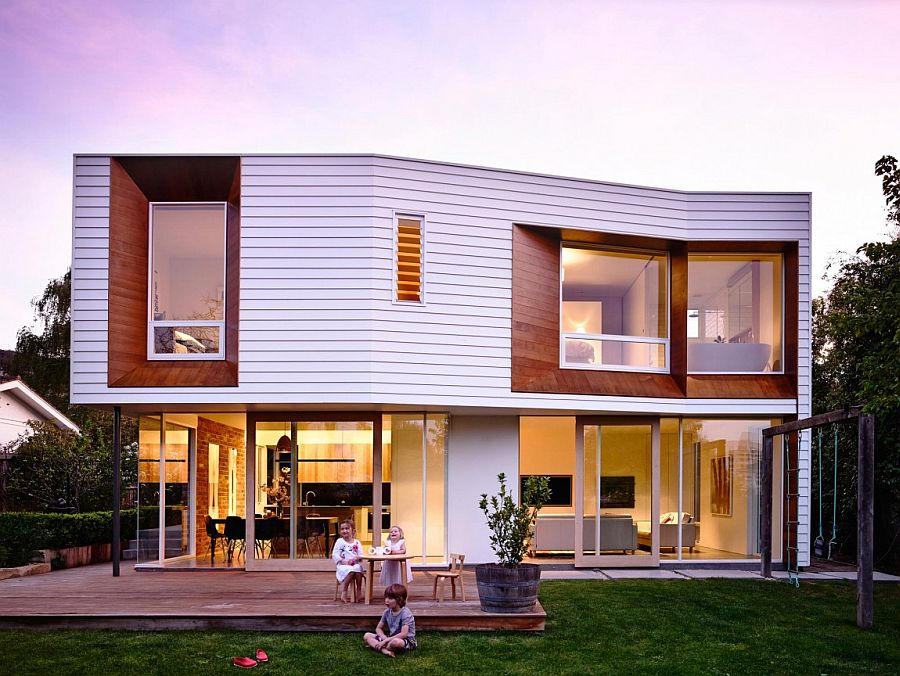 Beautiful modern extension to traditional home in Hobart