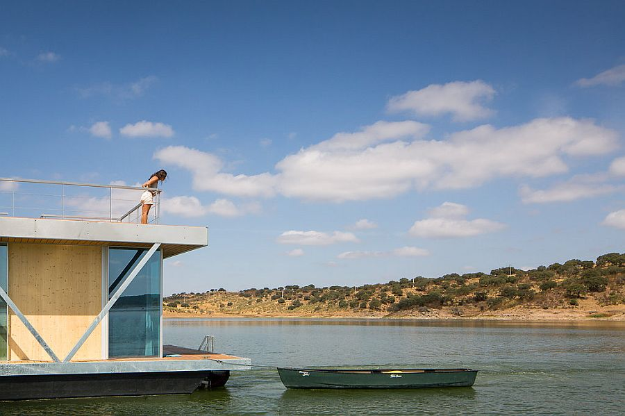 Rooftop deck of the houseboat offers an additional escape