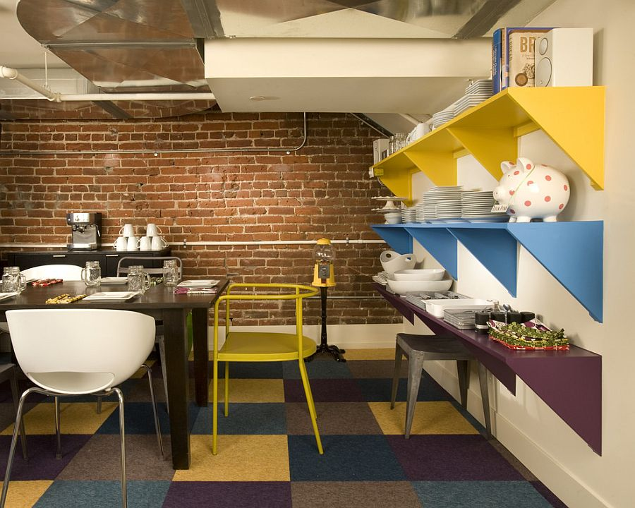 Splash of color ensures that the small dining room feels less claustrophobic