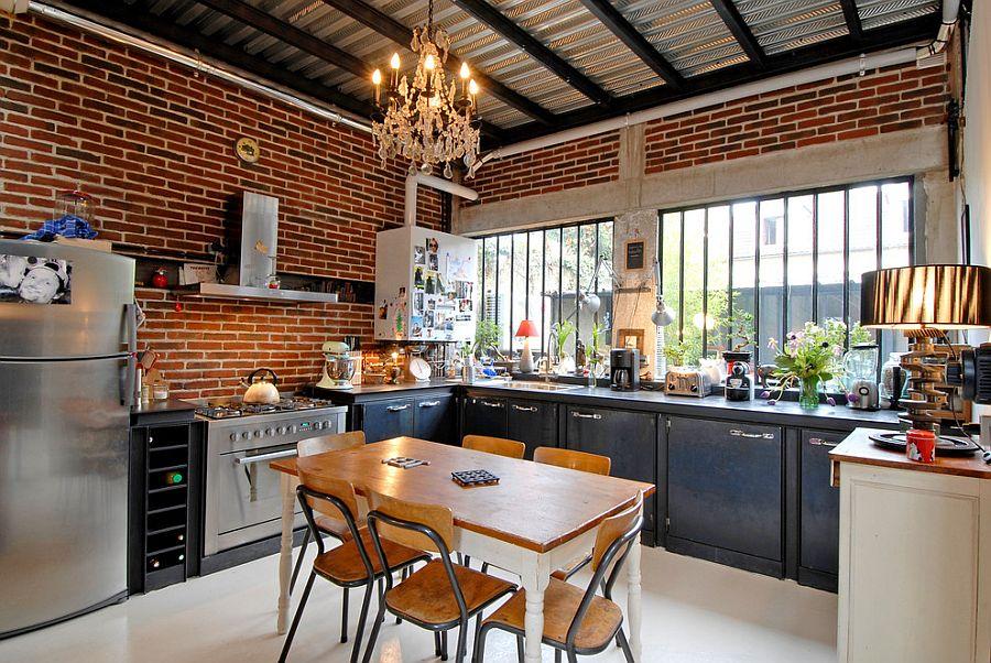 Urban chic kitchen with sparkling lighting [Design: Zoevox]