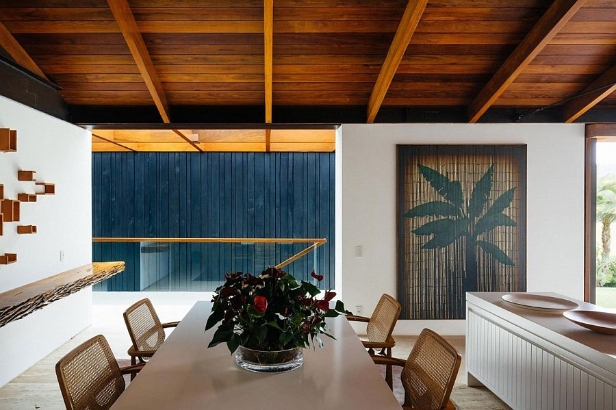 Charred wood and Travertine marble makes up most of the finishes inside the house