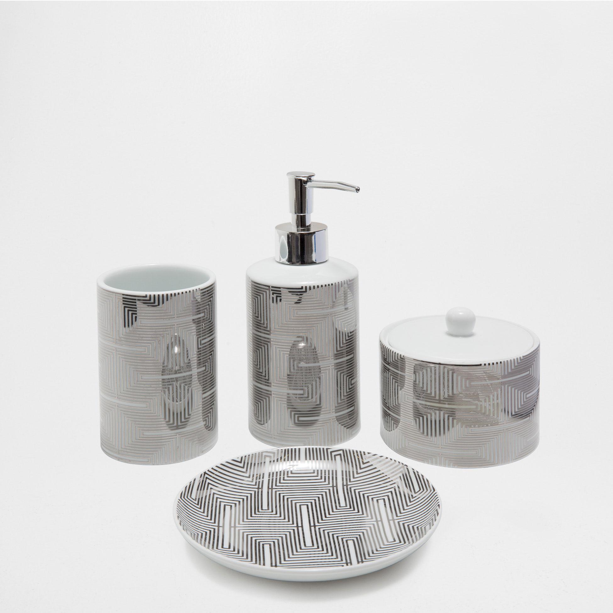 Geometric bathroom set from Zara Home