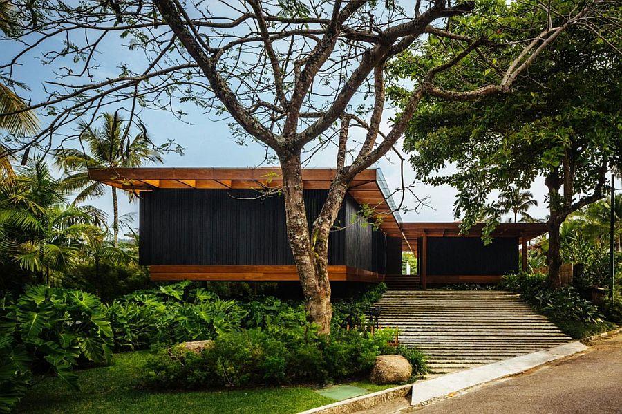 Modern RT House in Laranjeiras, Rio De Janerio