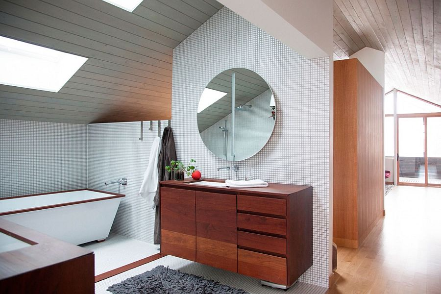 Fabulous open bathroom design is both contemporary and cozy