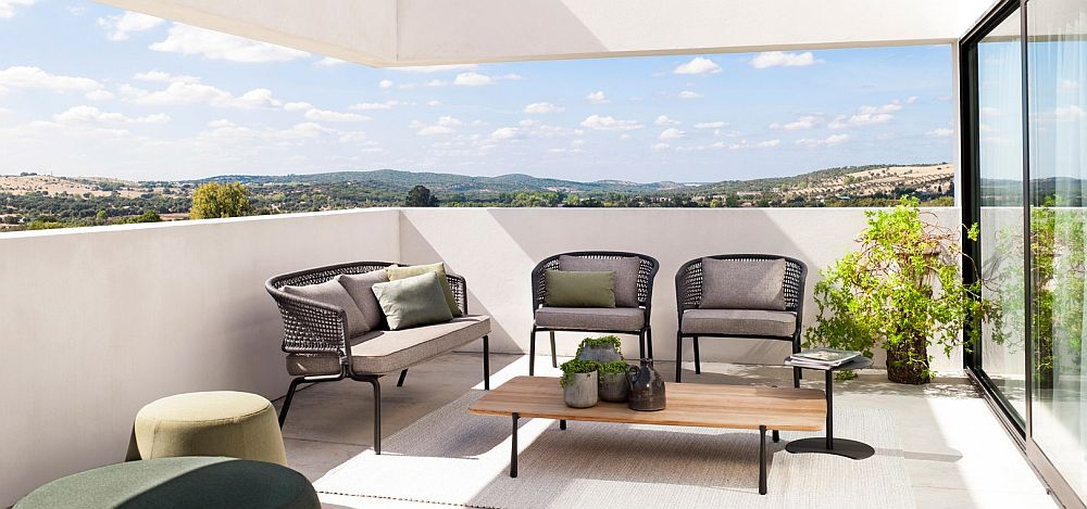 Contour sofa and chairs fit in effortlessly even in the smallest urban balconies