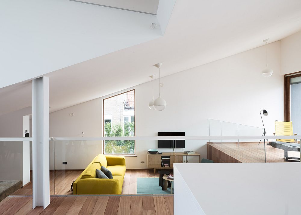 Split level dining area and living space of the Pibo House
