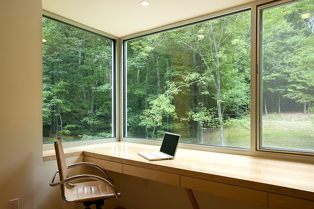 Greenery outside becomes a part of the home office