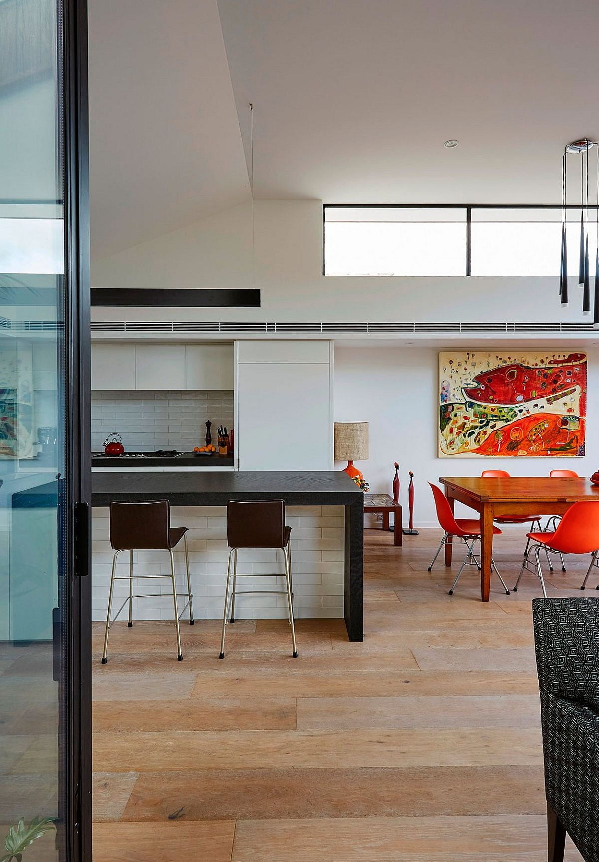 Modern kitchen and dining space in an open plan living